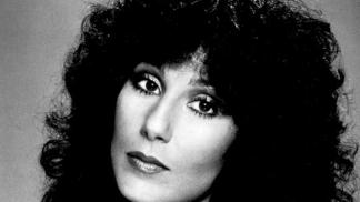 Cher: Zpěvačka arménského původu, která získala Oscara # Thumbnail