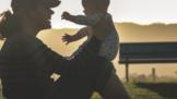 Jste mladá maminka? 5 jasných důvodů, proč je super mít dítě už ve 20