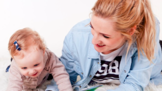 Pracující maminky: Jak si to v průběhu léta co nejvíce usnadnit?