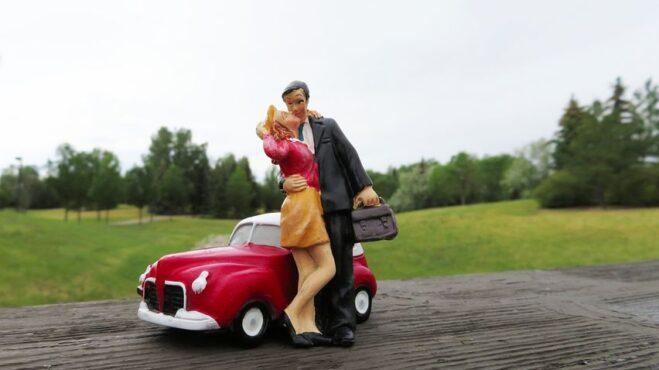 Časy se mění, aneb co očekávat od dobré manželky v době padesátých let?