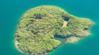 9 ostrovů, které si můžete pronajmout jen a jen pro sebe od 3 000 Kč za noc # Thumbnail