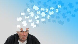 Alzheimerova choroba. Pozorujete na sobě některé z těchto příznaků? Tak zpozorněte