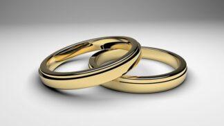 Začíná vaše manželství skřípat? Jak s manželem zlepšit vztah