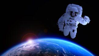 Přemýšleli jste někdy nad tím, jak to ti lidé dělají, že se stanou astronauty? Chcete se jím stát také? Tak do toho. Šance máme všichni stejné