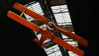 Legendární pilot a průkopník českého letectví Jan Kašpar. V tento den před 107 lety uskutečnil svůj první slavný let