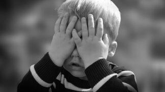 Odstranění nosních mandlí je nejčastější operací u dětí. Je ale opravdu nezbytné nosní mandle odstraňovat?