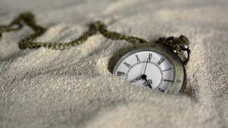 """5 zajímavých a znepokojivých ,,důkazů"""" o cestování v čase. Opravdu lze cestovat časem, nebo jsou lidé, kteří tvrdí, že to umí, obyčejní pomatenci?"""
