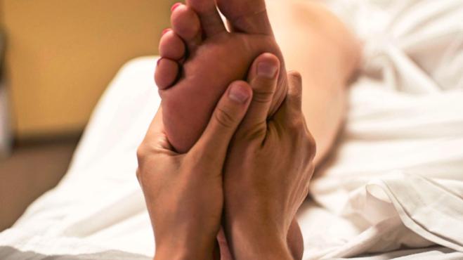 Reflexologie: Ulevte svému tělu od bolesti přes vaše chodidla