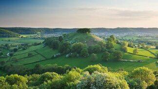 Stříbřitá jezera i Královský půlměsíc. 10 nejúchvatnějších míst v Anglii (I.)