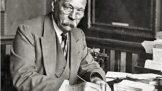 Thumbnail # Sir Arthur Conan Doyle. Slavný stvořitel Sherlocka Holmese svou postavu nenáviděl