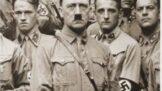 Nejbližší příbuzní Adolfa Hitlera. Za svého slavného předka se stydí