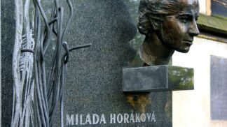 Komunisté neušetřili Horákovou ani v posledních minutách její smrti. Umírala čtvrt hodiny