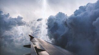 Co se stane s letadlem, pokud ho zasáhne blesk?