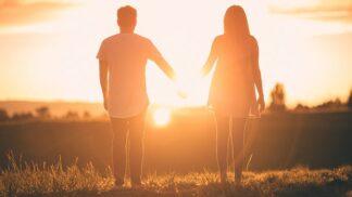 Bojíte se, že vztah na dálku nevydrží? 5 triků, jak se vypořádat s odloučením