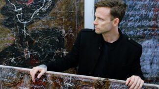 Český umělec Maxim žijící v USA se vrací do vlasti se svou velkoformátovou výstavou