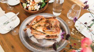 5 triků, jak upéct co nejšťavnatější kuře, po kterém se každý oblízne