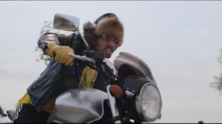 VIDEO: Kapitán Demo vymyslel novou motoristickou disciplínu zvanou Machoparking