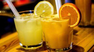 Milují vaše děti sladké limonády? Pak jim doma připravte lahodnou zdravou limonádu s příchutí Fanty