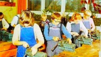 Jaké zájmové kroužky jsme navštěvovali za socialismu? Co nás bavilo a jak fungovaly školní družiny?