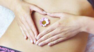 Trpíte silnými menstruačními bolestmi? Díky těmto radám je můžete zmírnit nebo dokonce úplně zastavit