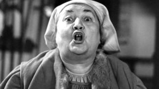 35 let od smrti babi Homolkové. Herečka Marie Motlová propadla závislosti na alkoholu