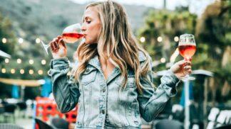 Víno si obléká podzimní kabát: Kam v České republice vyrazit za dobrým burčákem?