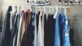 Změna ročního období přináší změnu šatníku: Jak si uspořádat skříň?