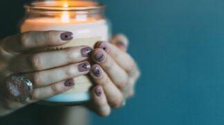 Magická moc svící: Jakou barvu a vůni zvolit, abyste nepropadla podzimní depresi a vaše mysl si odpočinula?
