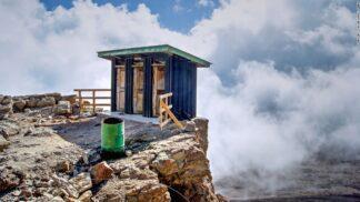 20 toalet světa, ze kterých si odnesete adrenalinový zážitek