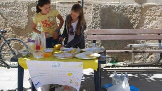 Jak naučit děti hospodařit s kapesným? Bavte se s nimi o tom, co pro nás peníze znamenají