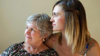 Světový den menopauzy: Mezi námi děvčaty aneb Co o ní říct své dceři a nečervenat se