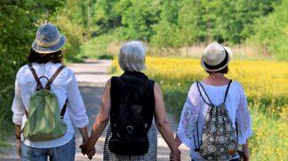Menopauza ve světě: Japonky bolí hlava a Libanonky jsou podrážděné