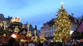 Slavnostní zahájení adventu i trhů: Dnes se rozsvítí vánoční strom na Staroměstském náměstí
