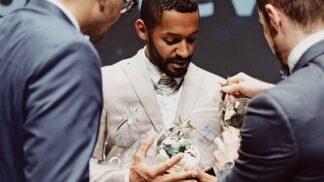 Yemi A. D. boduje: Jeho firma se stala druhou nejlepší eventovou agenturou na světě # Thumbnail