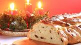 Thumbnail # Vánoční pečení klepe na dveře: Jak uplést vánočku ošizenou i klasickou snadno a rychle