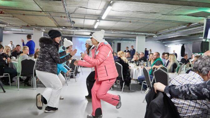 Celebrity v Peci: Legendární Geislerová, ale i mladé kočky z Ulice vybíraly outfity pro zimní sezónu