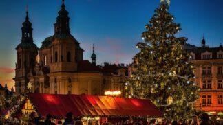 Vánoce v restauraci: Kde v Praze mají otevřeno a kolik zaplatíte za večeři