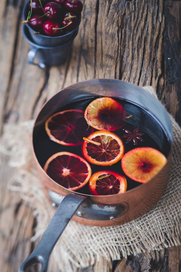 Horké nápoje promrazivé dny. Zahřejte se svařeným vínem, grogem nebo punčem nejen na vánočních trzích # Thumbnail