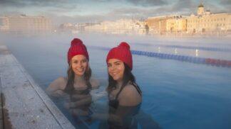 Jste milovníky ledové vody? 7 míst, kde si v zimě zaplavat
