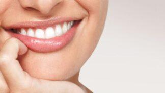 Zubní kazy: Jakým potravinám se vyvarovat, pokud chcete mít zdravý chrup