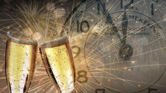 Jak se slaví Nový rok ve světě: Bulhaři vyhánějí zlé duchy a na Filipínách se skáče do výšky