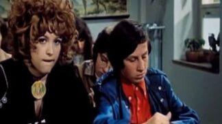 Legendární roli Saxany měla hrát jiná slavná zpěvačka než Petra Černocká. Co dalšího jste nevěděli o filmu Dívka na koštěti?