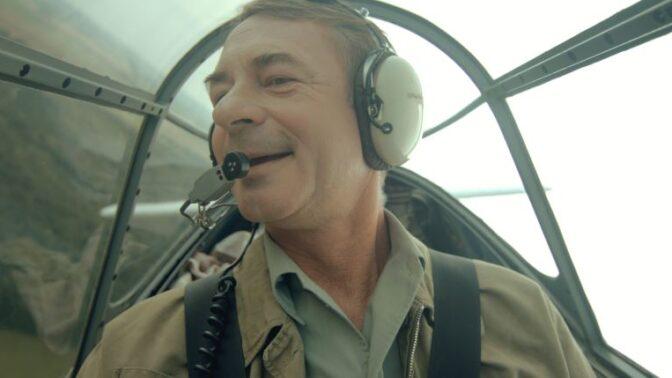 Film Narušitel: Statečný osud českého letce v kombinaci s hudbou Michala Hrůzy