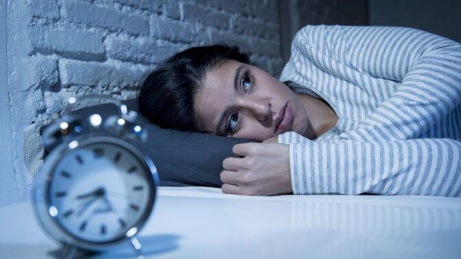 Špatné stravovací návyky, které vám nedovolí v klidu usnout