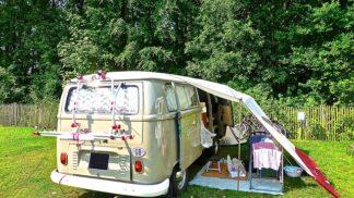 Češi jako průkopníci karavaningu: Jak dříve vypadal obytňák nebo karavan