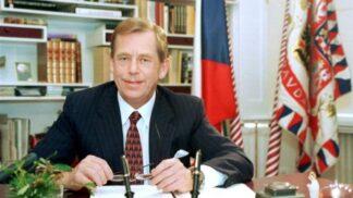 První český prezident: 26. ledna 1993 byl zvolen Václav Havel
