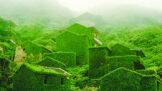 Tuto rybářskou vesnici ovládla příroda. Je pokrytá mechem a vinnou révou
