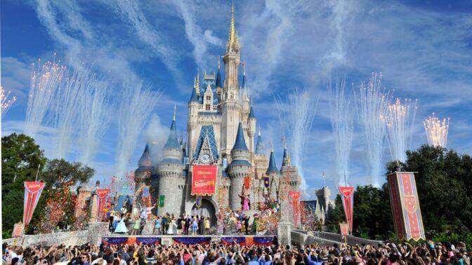25 nejpopulárnějších zábavních parků světa
