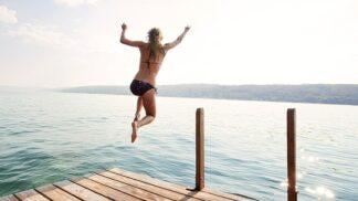 Letošní dovolená bude levná, jako dlouho ne. Tady jsou 4 důvody
