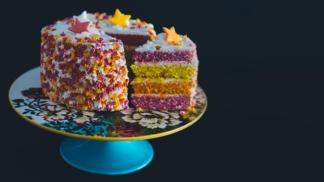 Krájíte dort na trojúhelníky? Krájíte ho špatně, tvrdí chlapík, který znovuobjevil 100 let starou metodu